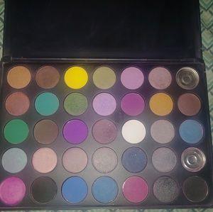 🆕 Morphe 35S Smokey Eye Eyeshadow Palette
